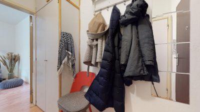 1-izbovy-byt-s-velkym-balkonom-na-predaj-02032021_180252