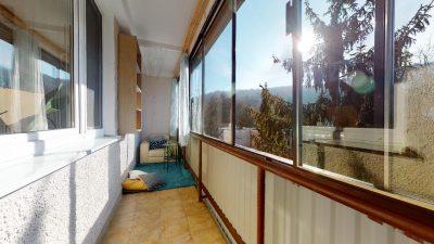 1-izbovy-byt-s-velkym-balkonom-na-predaj-02032021_180918