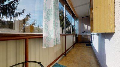 1-izbovy-byt-s-velkym-balkonom-na-predaj-02032021_181002