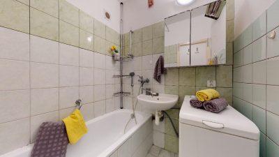 1-izbovy-byt-s-velkym-balkonom-na-predaj-02032021_181457