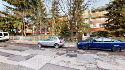 1-izbovy-byt-s-velkym-balkonom-na-predaj-02032021_182127