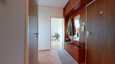 1-izbovy-byt-v-Dubravke-na-predaj-09232021_195024