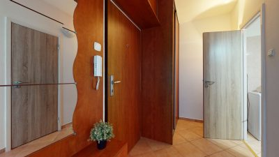 1-izbovy-byt-v-Dubravke-na-predaj-09232021_195114
