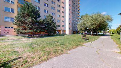 1-izbovy-byt-v-Dubravke-na-predaj-09232021_223036