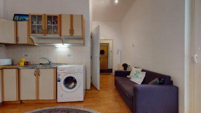 Velky-3-izbovy-byt-v-sirsom-centre-Bratislavy-na-predaj-03022020_134356