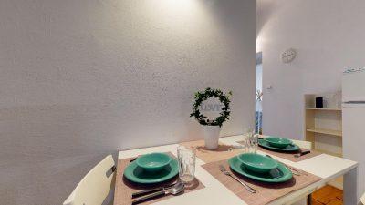 Velky-3-izbovy-byt-v-sirsom-centre-Bratislavy-na-predaj-03022020_134521