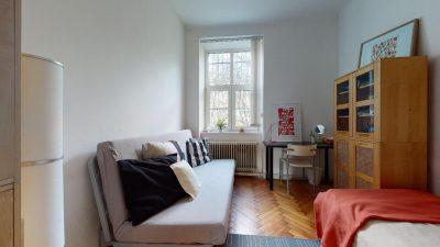 Velky-3-izbovy-byt-v-sirsom-centre-Bratislavy-na-predaj-03022020_134825