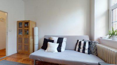 Velky-3-izbovy-byt-v-sirsom-centre-Bratislavy-na-predaj-03022020_134853