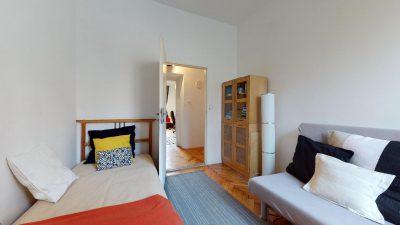 Velky-3-izbovy-byt-v-sirsom-centre-Bratislavy-na-predaj-03022020_135146