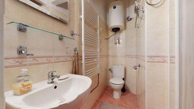 Velky-3-izbovy-byt-v-sirsom-centre-Bratislavy-na-predaj-03022020_140652