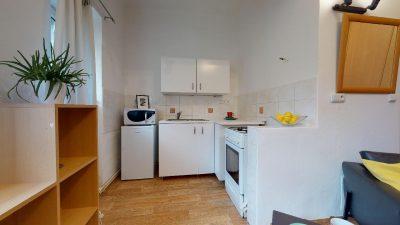 Velky-3-izbovy-byt-v-sirsom-centre-Bratislavy-na-predaj-03022020_141859