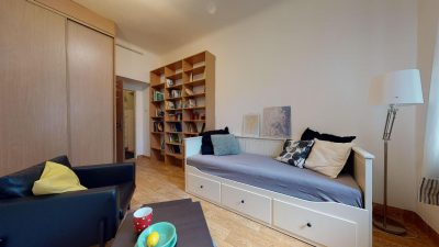 Velky-3-izbovy-byt-v-sirsom-centre-Bratislavy-na-predaj-03022020_142035