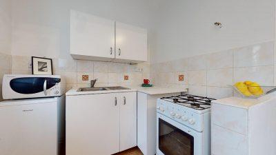 Velky-3-izbovy-byt-v-sirsom-centre-Bratislavy-na-predaj-03022020_142101