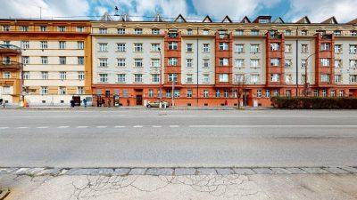 Velky-3-izbovy-byt-v-sirsom-centre-Bratislavy-na-predaj-03022020_143305
