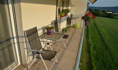 balkon-sedenie